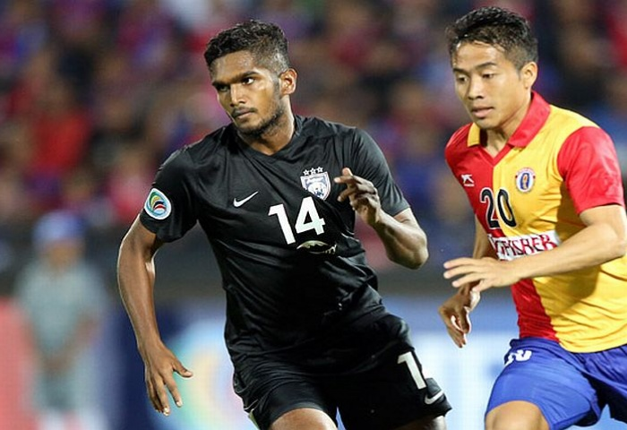 Hariss became the first Singaporean to win the AFC Cup. (cr: the-afc.com)